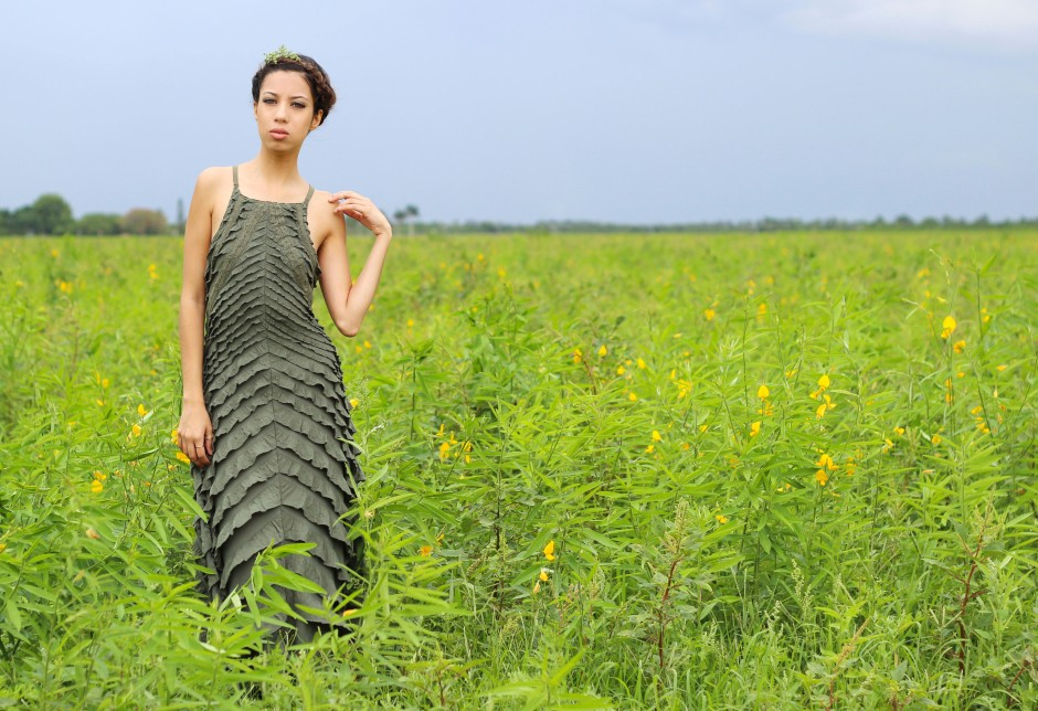 OOTD. Among the Fields of Gold. Free People Safari Green Ruffle Dress. Crown Braid. 3