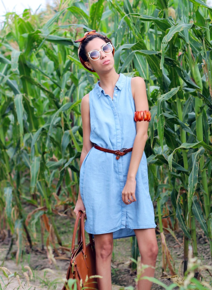 OOTD. Blue Denim Soul. BLUE DENIM DRESS. HM DENIM DRESS. COGNAC HM BAG.3