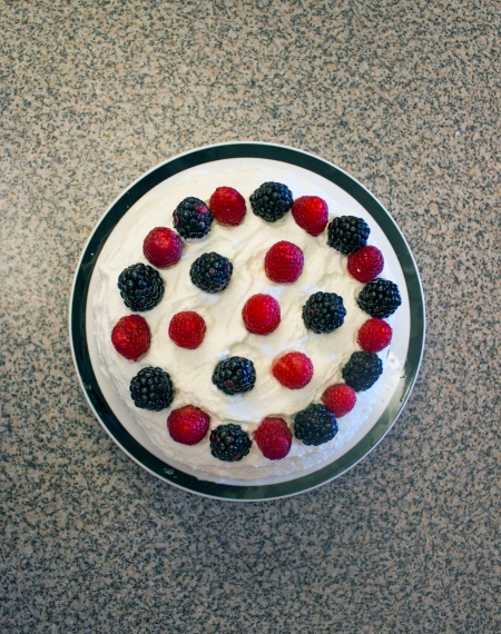 In the Kitchen- Mixed Berries Pavlova-1